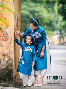 Áo dài vẽ cho bé gái MX.118