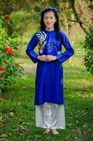 Áo dài cho bé gái cực xinh bán online tại Hà Nội