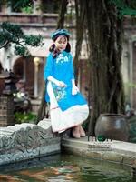 Chào ngày mới xinh yêu với áo dài cho bé gái của Moon Xinh