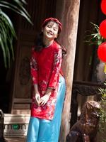 Sắm ngay áo dài gấm Thượng Hải hot nhất cho bé yêu diện Tết nguyên đán 2018