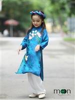 Áo dài cho bé gái mùa thu không bao giờ lỗi mốt