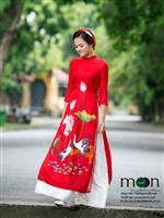 Chọn áo dài lụa tơ tằm của Moon Xinh làm quà tặng ý nghĩa cho ngày lễ Valentine