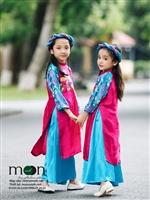 Dù bận rộn nhưng mẹ Việt vẫn không quên sắm áo dài tết cho bé yêu