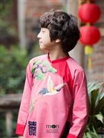 Chọn áo dài cho bé trai của Moon Xinh cho bé ngày khai giảng