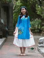 Rực rỡ Tết Mậu Tuất 2018 với áo dài cho bé hot nhất của Moon Xinh
