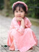 Đón nắng xuân ấm áp với bộ sưu tập áo dài cho bé gái đẹp nhất của Moon Xinh