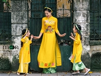 Bộ sưu tập áo dài đôi mẹ và bé bán chạy nhất tại Moon Xinh