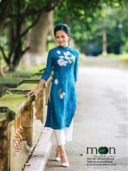 Áo dài cho mẹ MX.128 (màu xanh lam họa tiết hoa sen)