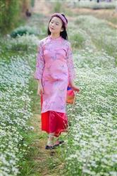 Áo dài cho bé gái màu hồng phấn Tấm Cám gấm Thượng Hải