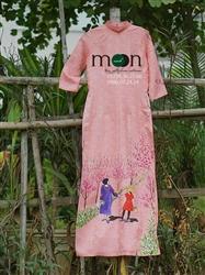 Áo dài cách tân cho mẹ và bé gái MX106 - Lụa tơ tằm vẽ mẹ dắt bé đi chơi vườn đào