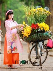 Áo dài cho bé gái MX 58 - Vẽ Lụa hồng cam vẽ nhà phố cổ