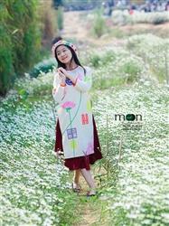 Áo dài vẽ cho bé gái MX 103 - Thô trắng họa tiết hoa sen cổ điển