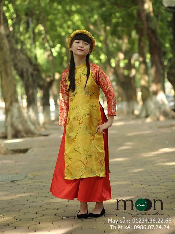 Áo dài Tấm Cám gấm Thượng Hải cho bé gái màu vàng